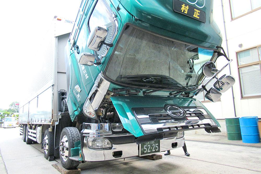 安全設備の導入と徹底した車両整備
